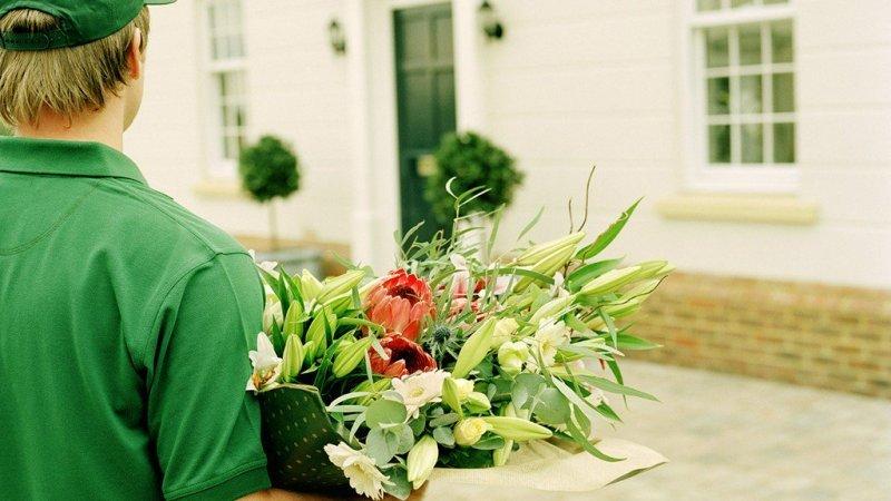 доставка цветов на одесской тюмень стоит