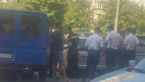 Задержание вооруженного мужчины на Таирова