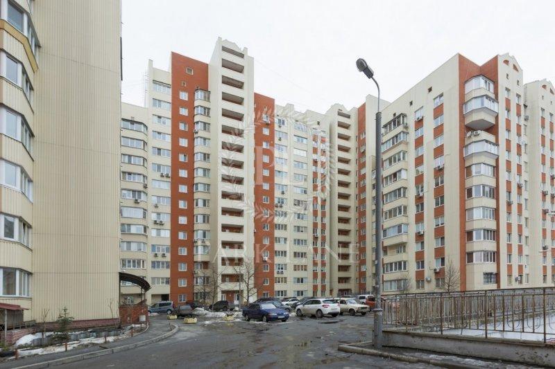 Купить трешку в Киеве  Добро пожаловать в «Park Lane»! - Одесская Жизнь e1691e695335b