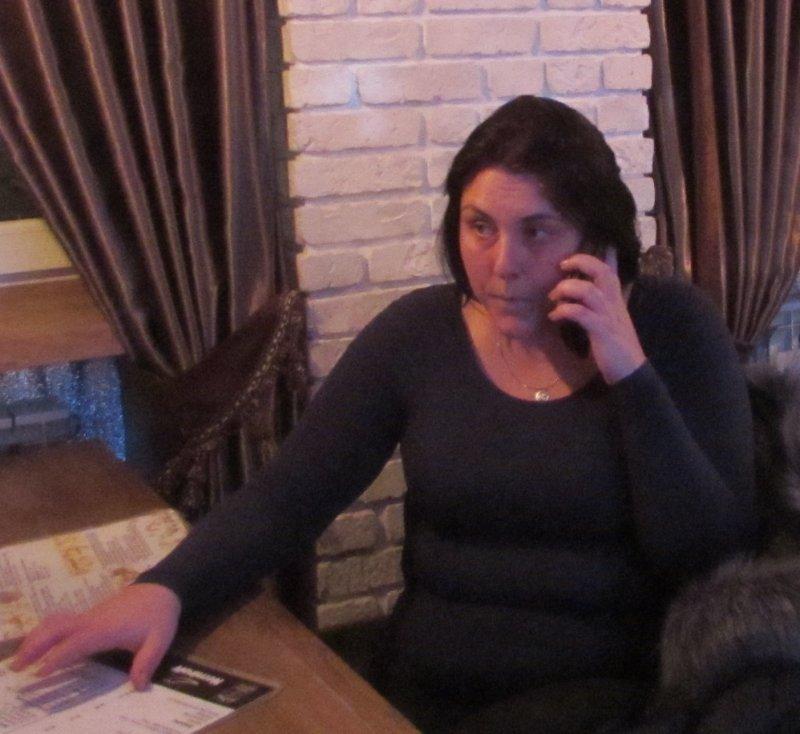 Девушка заплатит за секс украина