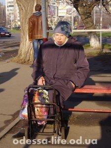 Светлана Борисовна – едет в супермаркет на праздничную распродажу, соседка посоветовала.