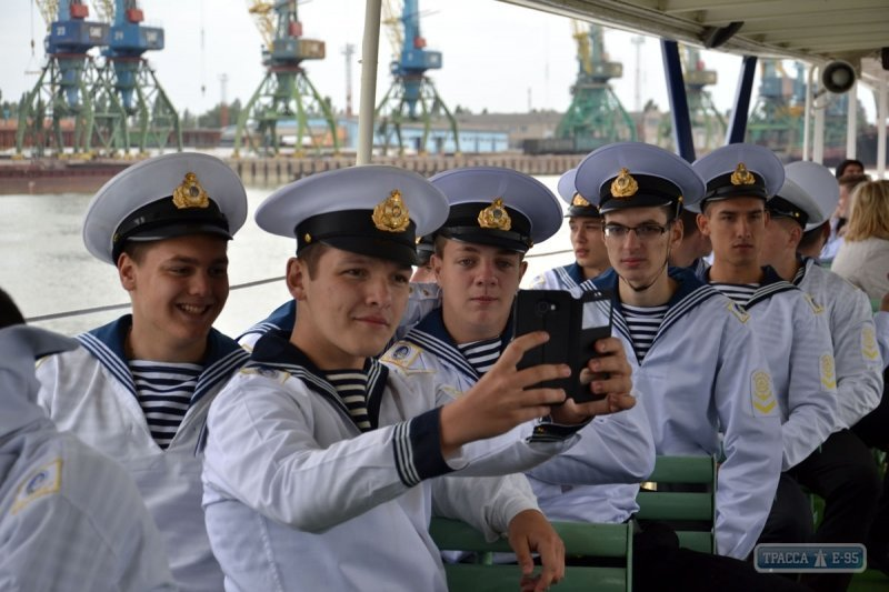 Курсанты Морской академии