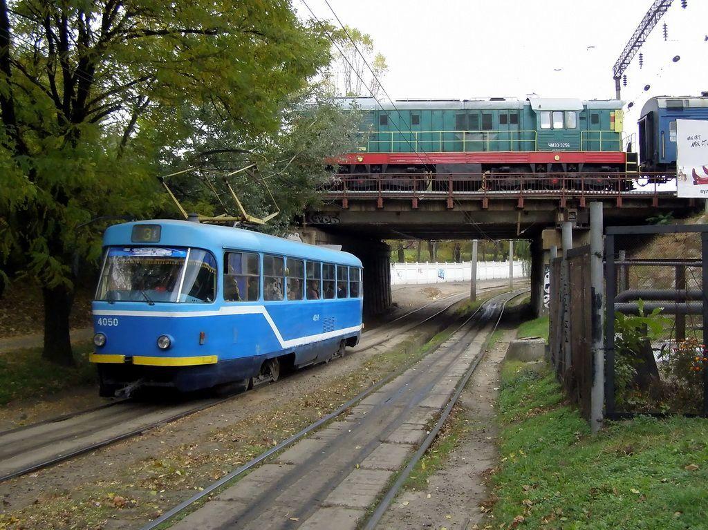 в схемы движения трамваев