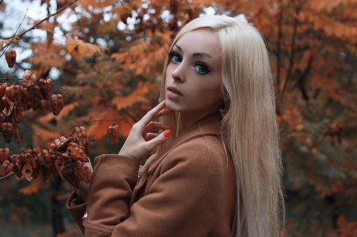 Одесситка Алина Ковалевская присоединилась к ряду живых кукол