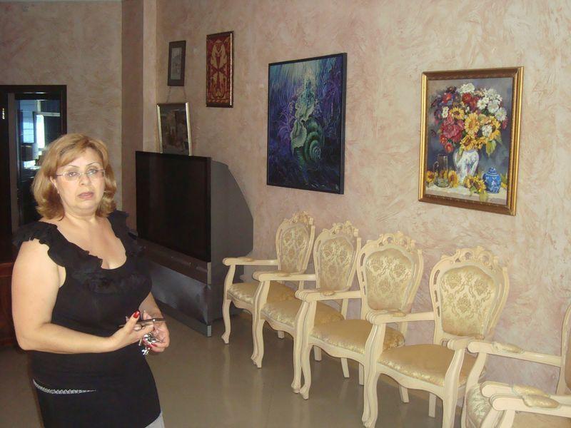 Анна Геворкян: В Центре, в галерее Вернатун, организовываются выставки известных художников разных национальностей.