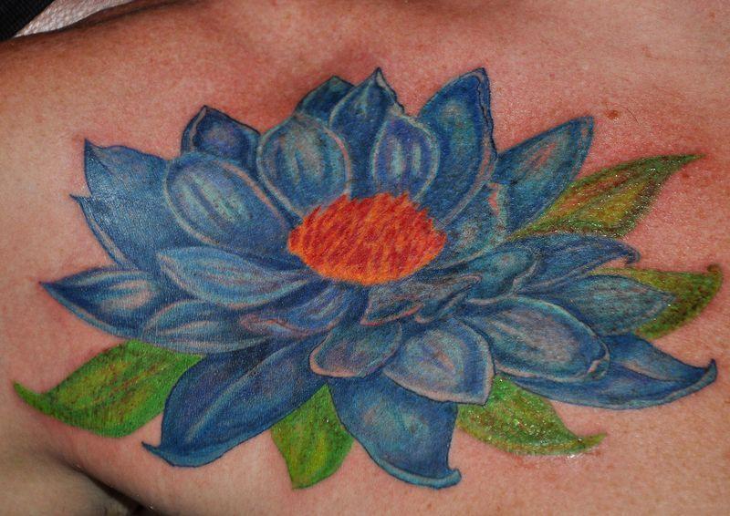 Цветные тату смотрятся потрясающе!