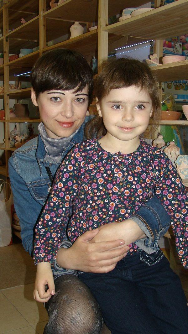 Мама Юлия и дочь Влада Брага