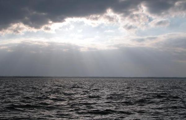 фото дождь на море
