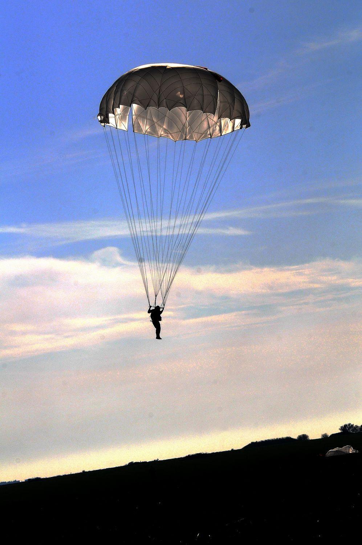 Фото парашютистов десантников