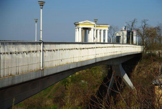 Тещин мост - любимое место одесских самоубийц