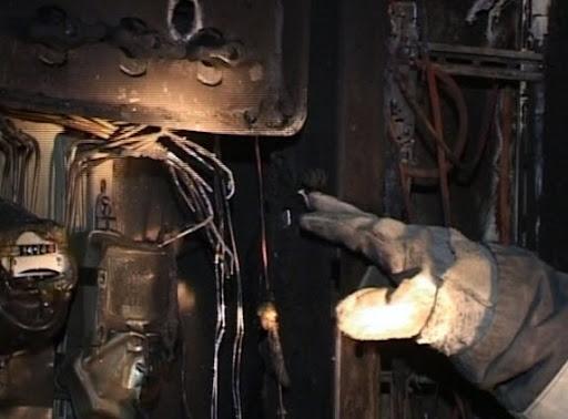 На Таирова в одном квартале сожгли электрощиты в 10 домах