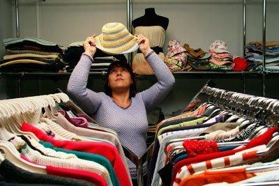 Как одесситам заработать на ненужной одежде?