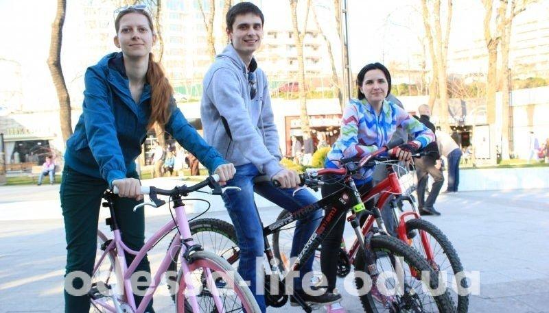 Где велосипедисту хорошо? «Одесская жизнь» прокатилась по городу на двух колесах