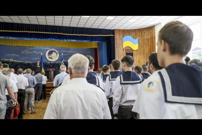 Порошенко присвоил новый статус одесскому вузу