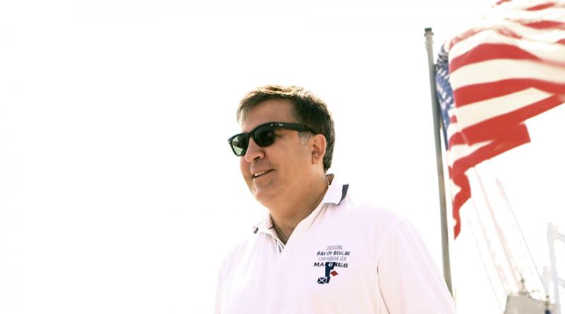 Саакашвили продолжил препирательства с Яценюком