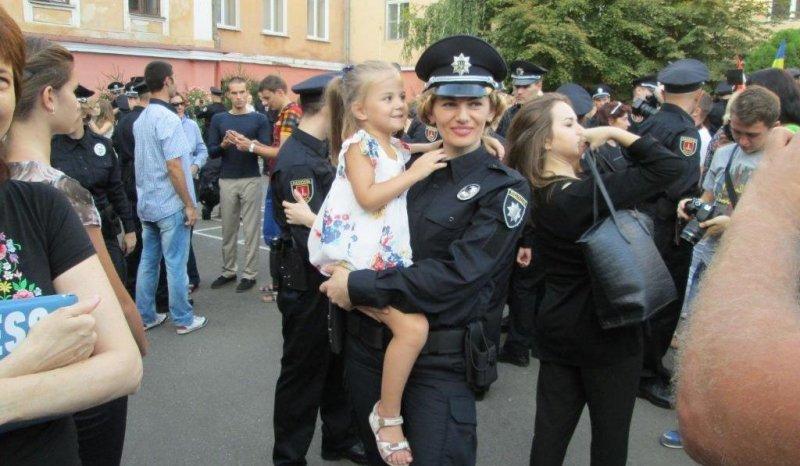 Пополнение в коллективе одесских патрульных (ФОТО)