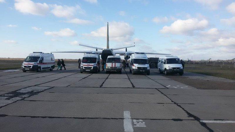 В Одессу прибыл борт с ранеными бойцами: 4 в тяжелом состоянии