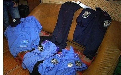 В Одессе у виновника ДТП нашли милицейскую форму и следственные материалы