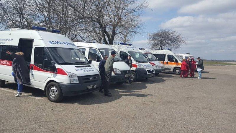 Раненых бойцов АТО доставили в Одессу
