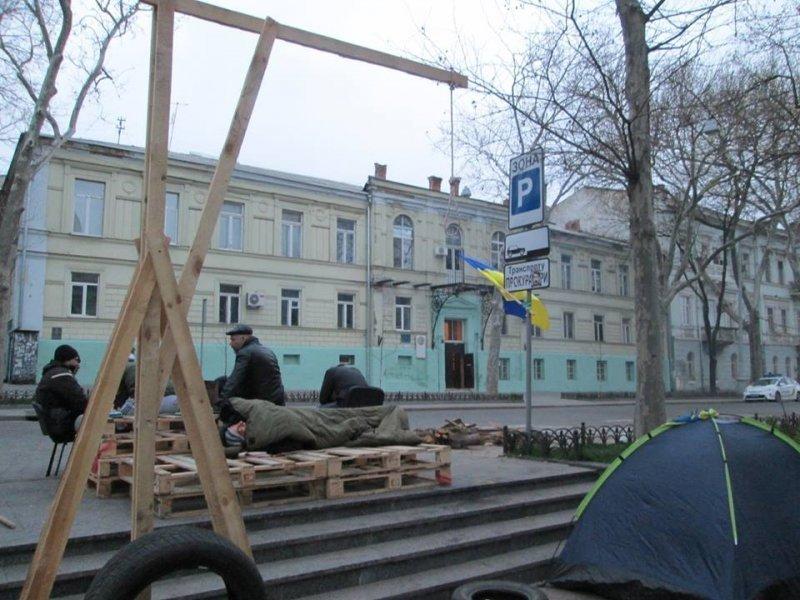 По указке Труханова «РГБ» и «Самооборона» больше не блокируют прокуратуру, — активисты