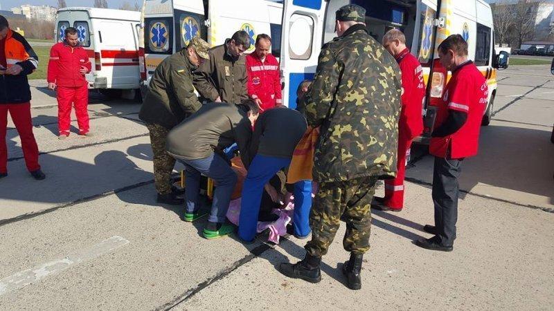 В Одессу доставили 14 раненых бойцов из зоны АТО