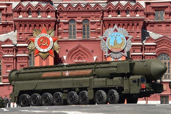Жить мирно нам не суждено: в РФ, США и КНР идет разработка нового поколения ядерного оружия