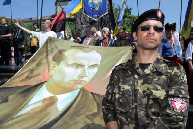Итоги дня: почему радикалы отменили марш в честь СС и как Стоянов «разоблачил» одесских активистов