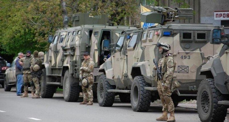 Итоги недели: зачем в область стягивают военных и уйдет ли все-таки команда реформаторов?