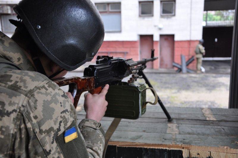 ВМС Украины учатся отражать атаки террористов (ФОТО)