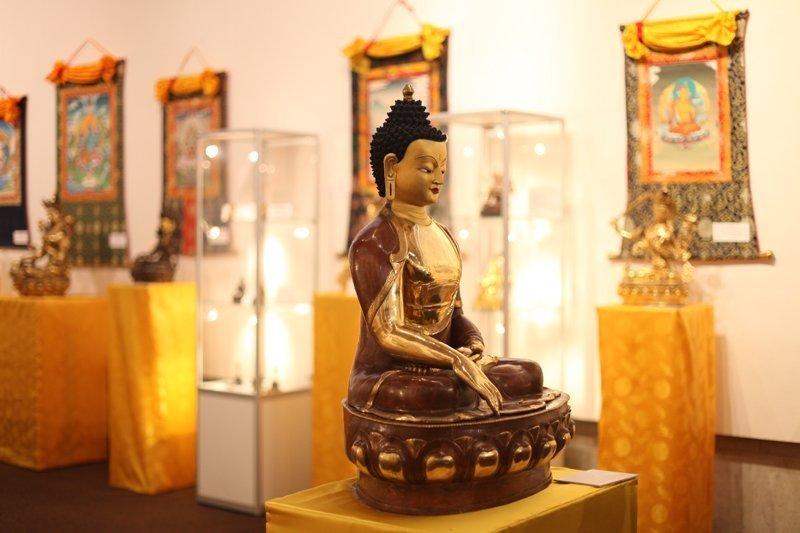 В Одессе показывают сокровища Тибета