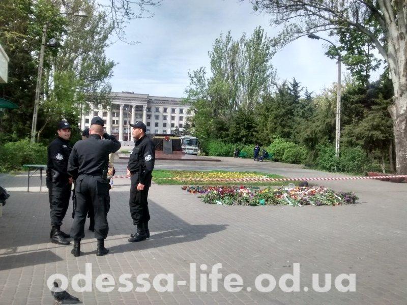 Куликово поле разблокировали: Путина больше никто не зовет (ФОТО)
