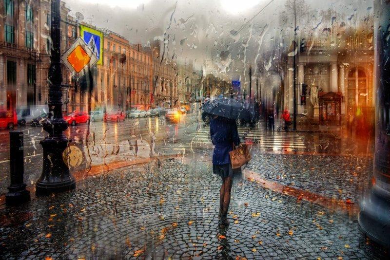 Одесситам рекомендуют выходить из дому с зонтом