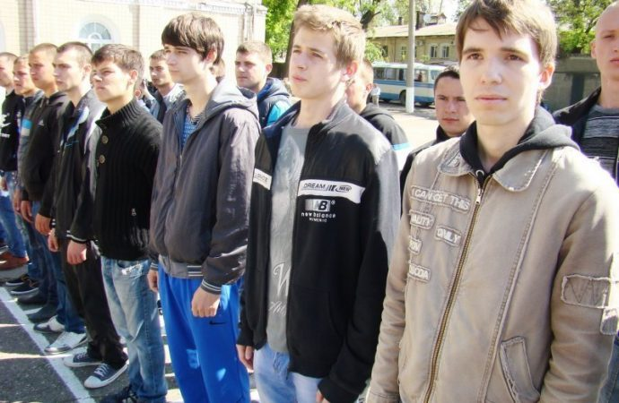 Кого в Одессе уже призвали на срочную военную службу (ФОТО)