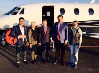 За Саакашвили и его командой прислали самолет (ФОТО)