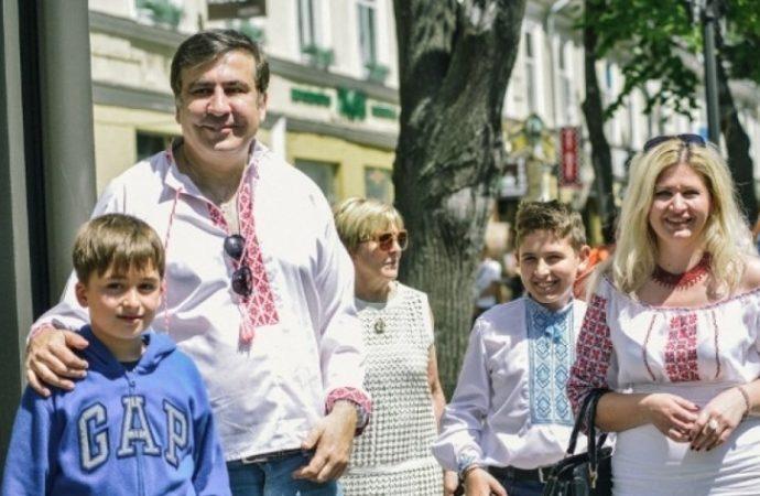 Итоги дня: год с появления Саакашвили в Одессе и новый разгон Антитрухановского майдана