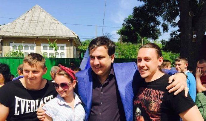 Саакашвили проверил канализацию и дороги в Вилково