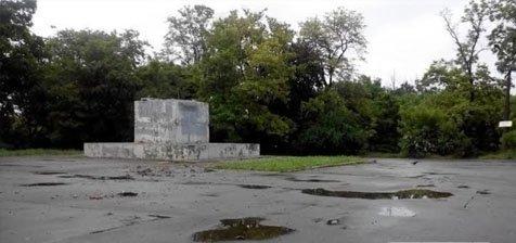 Саакашвили распорядился снести в Одессе два десятка памятников