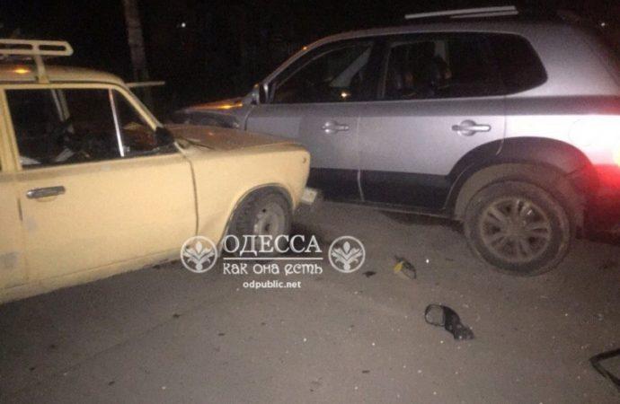 Тройное ДТП на Парковой: виновник скрылся с места аварии (ФОТО)