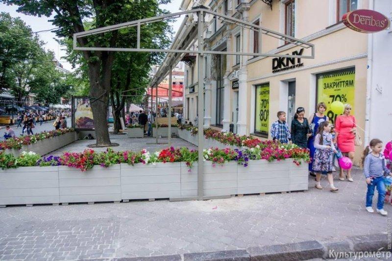 В мэрии оправдали жлобство на Дерибасовской (ФОТО)