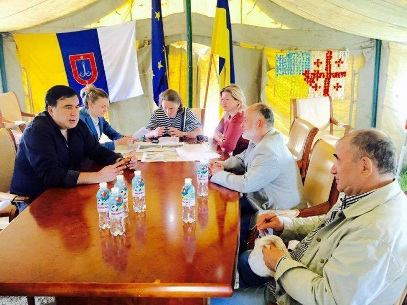 Саакашвили рассказал, когда вернется в Одессу