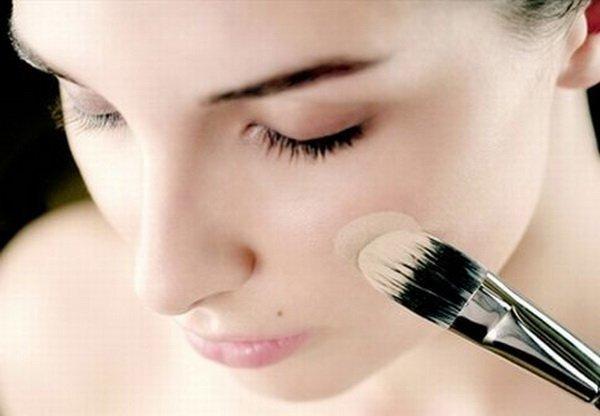 Косметика, скрывающая недостатки кожи