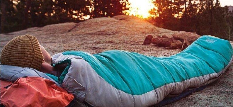 Советы начинающему путешественнику: как выбрать спальный мешок