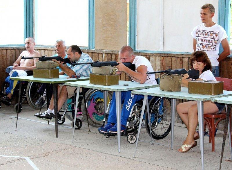 Одесские пограничники помогают людям с ограниченными возможностями