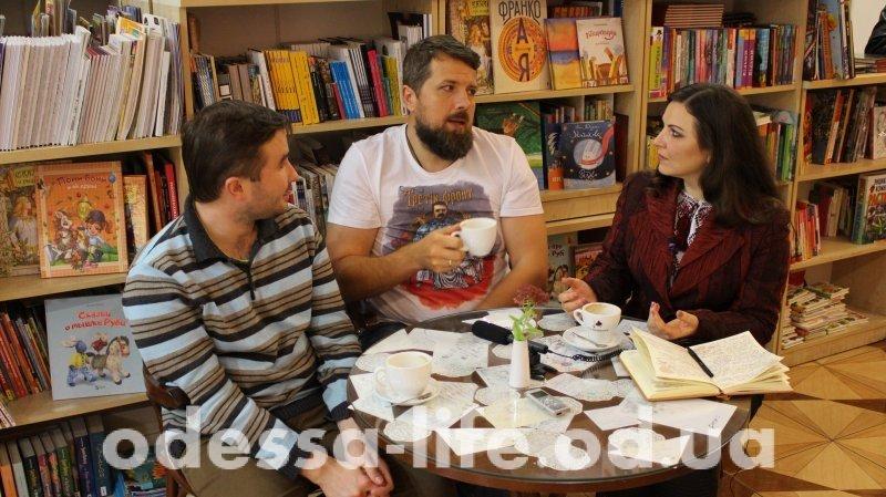 Кто воюет на «Третьем фронте»? Как Бар-Кончалаба, Большая Мама и Человек Борща спасали Украину (ВИДЕО)