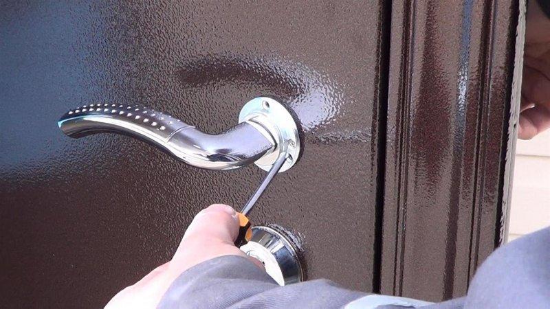 Надежная входная дверь. Какая она?