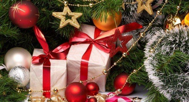 Каким подарком удивить близких на Новый год?