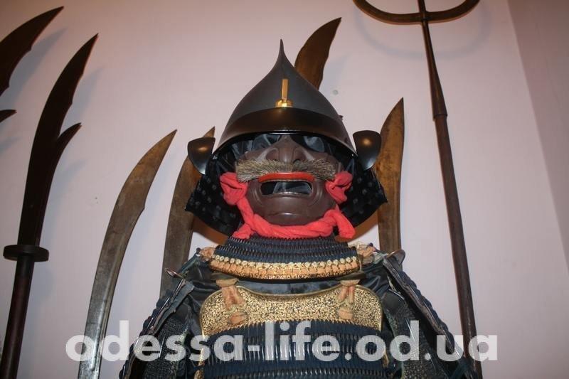 Прогулка по самой «вооруженной» выставке Одессы (ФОТО)