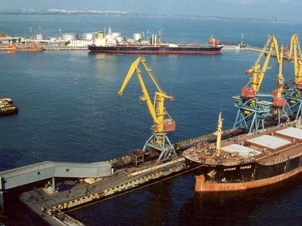 Профсоюз Одесского порта направил Президенту Украины обращение с протестом
