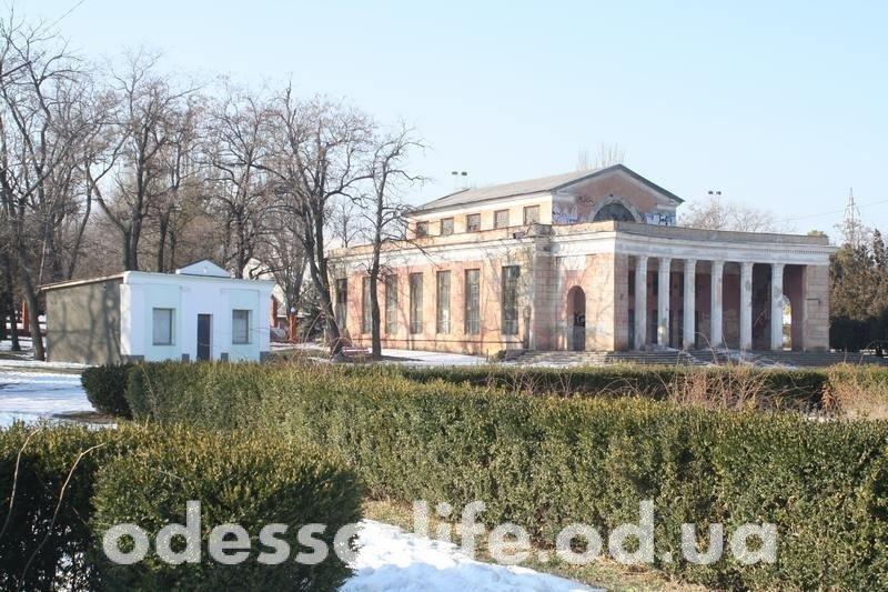 Прогулка по поместью самого честного градоначальника Одессы (ФОТО)