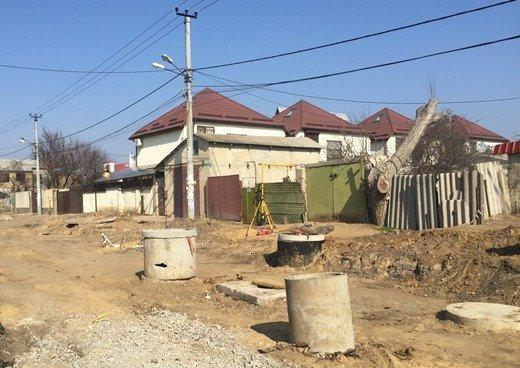 На Таирова возобновился ремонт одной из улиц (ФОТО)